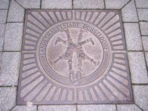 Radschläger Kanaldeckel der Landeshauptstadt Düsseldorf